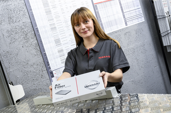 Nissan Trade Direct parts team